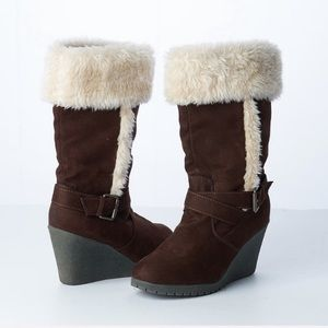 American Eagle Brown Faux Fur Winter Wedge Boots